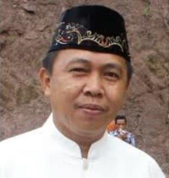 Kepala Bagian Humas Pemkab Bolsel Ahmadi Modeong