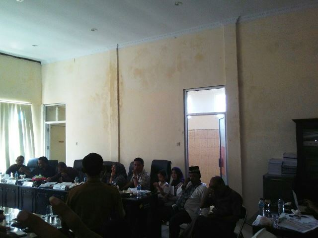 DPRD Hearing Sangadi yang Diduga Tersandung Kasus Ijazah Palsu