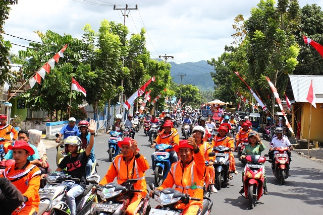 Ribuan Warga Iringi Road Show Adipura