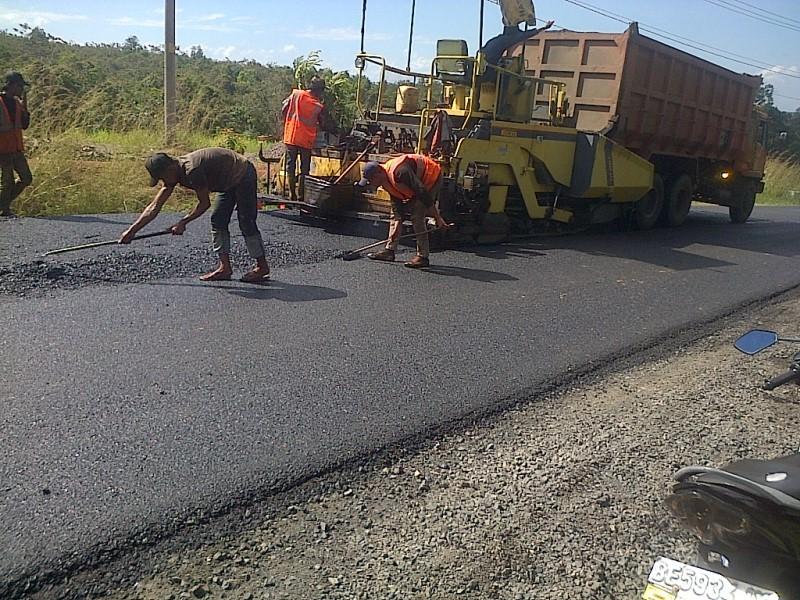 Pemkot Genjot Peningkatan Infrastruktur Jalan di Wilayah Perbatasan