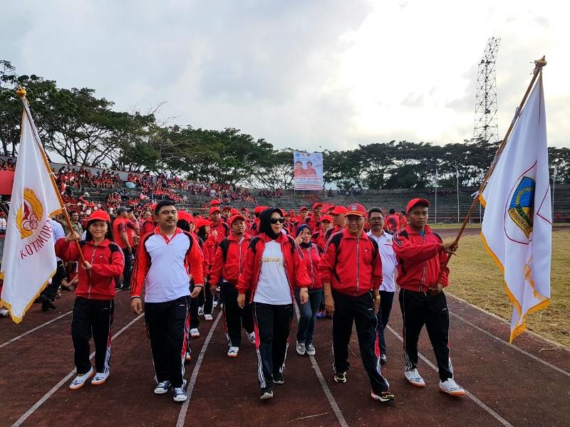 Semangati Atlet Kotamobagu, Tatong Hadiri Pembukaan Porprov