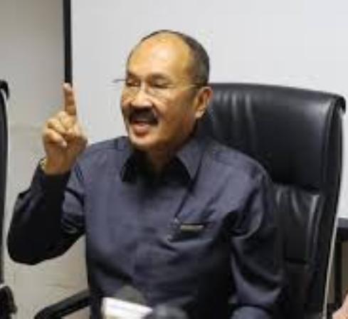 Setya Novanto Disarankan Tak Penuhi Panggilan KPK?