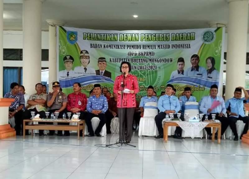 Yasti Singgung Generasi Zaman Now di Pelantikan Pengurus BKPRMI Bolmong