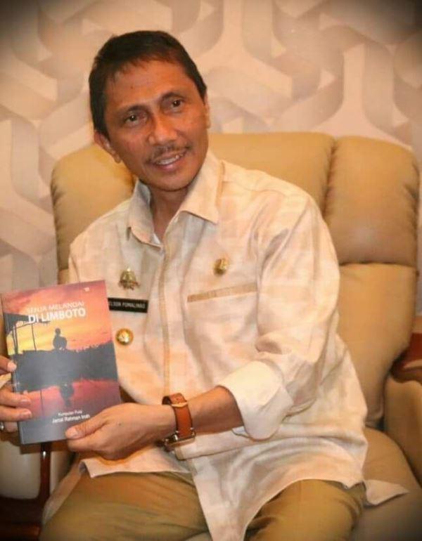 "Launching Buku ""Senja Melandai di Limboto"", Jamal Roadshow Puisi di Gorontalo"