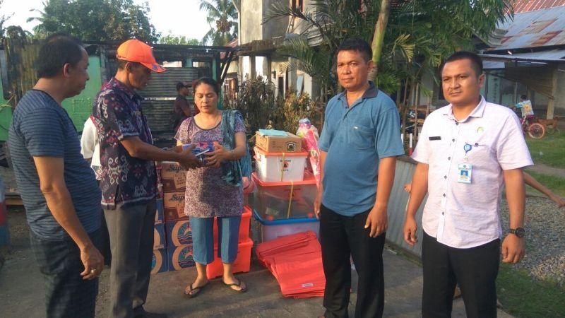 BPBD Bolmong Berikan Bantuan kepada Korban Kebakaran di Inobonto II