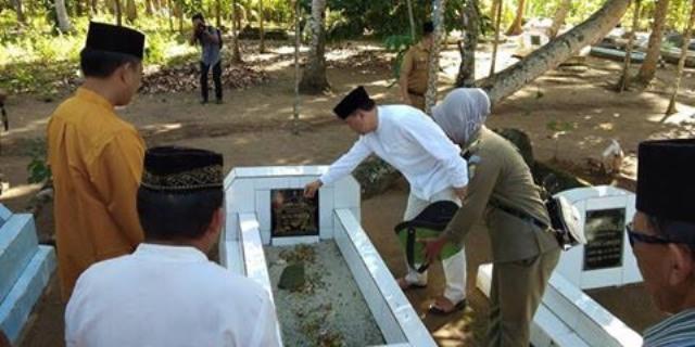 Jelang HUT ke-11, Jajaran Pemkab Bolmut Kunjungi Makam Para Pejuangan Pemekaran