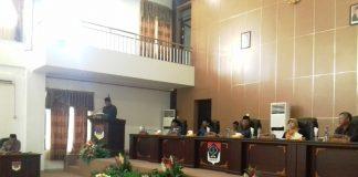 Bupati Serahkan Ranperda Pertanggungjawaban Pelaksanaan APBD Kabupaten Boltim Tahun 2017