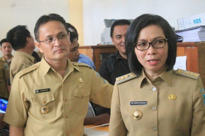 Pemerintah Kabupaten Bolaang Mongondow (Bolmong) mendapatkan peringkat teratas dari Komisi Pemberantasan Korupsi (KPK) dalam rangka upaya pencegahan Pemerintah daerah (Pemda) untuk mewujudkan wilayah bebas Korupsi Kolusi dan Nepotisme (KKN).