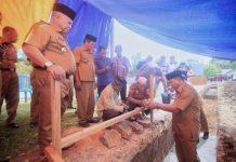 Bupati Bolmut Letakkan Batu Pertama Pembangunan Gedung Olahraga Serbaguna