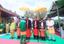 Ketua DPRD Hadiri Penobatan Gelar Adat Kepada Bupati dan Wakil Bupati Bolmut Periode 2018-2023