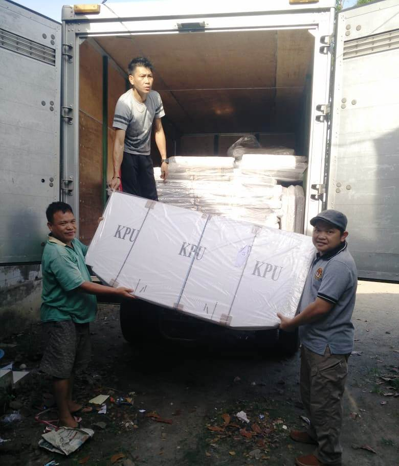 Logistik Bilik Suara Pemilu 2019 Mulai Tiba Di Boltim