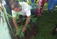 Bupati Bolmut Canangkan Penanaman Pohon di HUT KORPRI ke-47