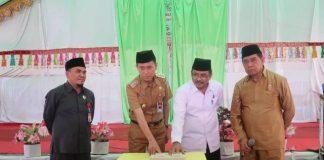 Bupati Bolsel Bersama Kakanwil Kemenag Resmikan Madrasah Tsanawiyah di Desa Ilomata