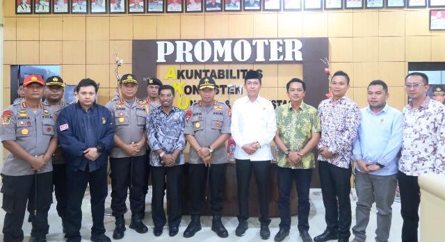 Bupati Bolsel Terima Kunjungan Kerja Kapolda Sulut di Polres KotamobaguIMG-20190315-WA0003