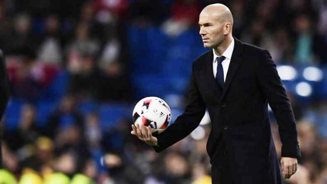 Zinedine Zidane Mulai Melatih Real Madrid