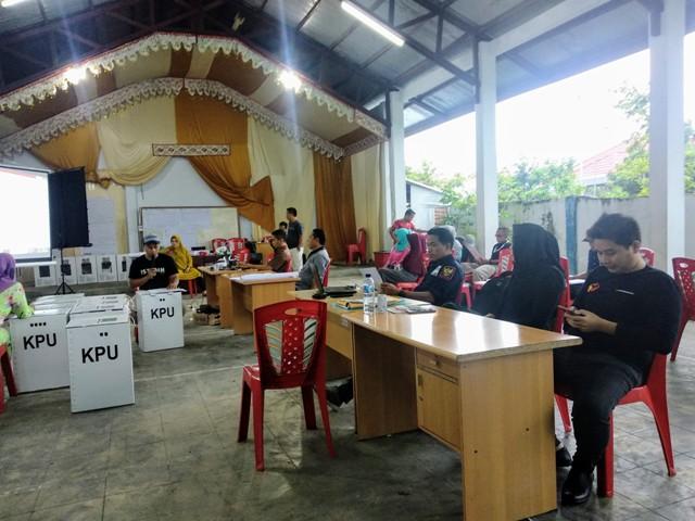 Pelaksana Pemilu di PPK Kotamobagu Selaran