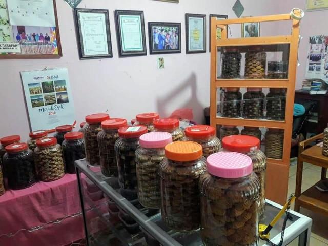 Mau Cari Kue Lebaran, Rumah Kue Arafah Tempatnya