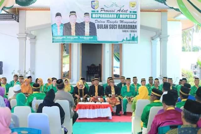 Jelang Ramadhan 1440 Hijriyah, Bupati Bolmut Terima Prosesi Adat Mopohabaru