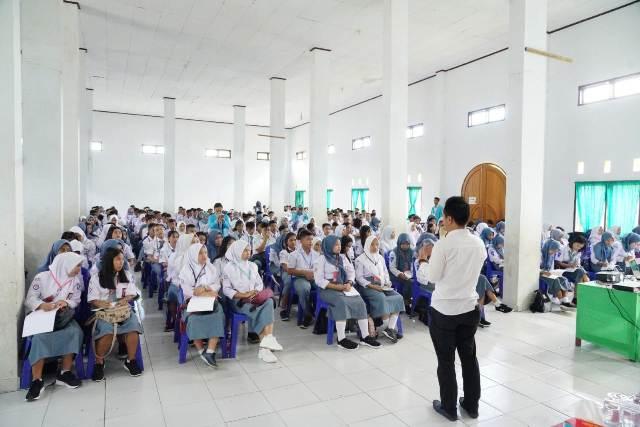 Masih Ada Oknum Guru di SMK Cokroaminoto