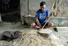 Produksi Sapu Ijuk Desa Sia di Pasarkan hingga Luar Daerah