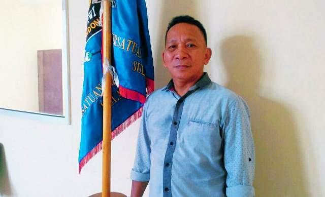 Rangkap Jabatan, Viktor Rarung Diberhentikan dari Kepengurusan PWI Sulut
