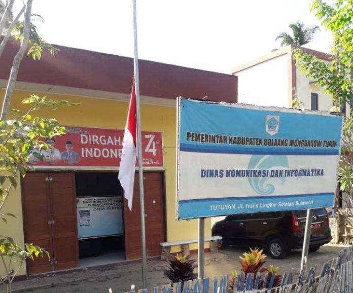 Pemda Boltim Ajak Masyarakat Kibarkan Bendera Setengah Tiang