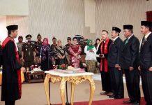 Tiga Pimpinan DPRD Bolmut Periode 2019-2024 Diambil Sumpah dan Janji
