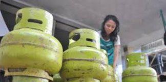 Sejumlah warga di Kabupaten Bolaang Mongondow (Bolmong) resah dengan kabar bakal naiknya harga gas elpiji 3 kg, akibat pencabutan subdisi