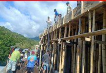Warga Non Muslim Desa Kotabunan Selatan Ikut Kerja Bakti Pembangunan Masjid