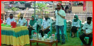 Dukung Pembangunan Masjid Uswatun Hasana Desa Pakuku, Bupati Bolsel Sumbang 100 Zak Semen