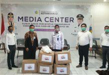 Pemkot Kotamobagu Terima Bantuan APD Dari Bank Sulut-Go