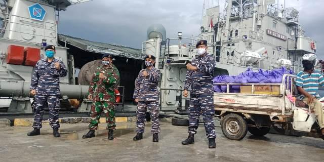 Kegiatan KRI Sultan Nuku, Selain Patroli di Perairan Laut Sulawesi dan Silaturahmi juga Agendakan Bakti Sosial