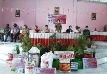 Pemkab Bolmong Serahkan Bantuan Tahap III di Lima Kecamatan