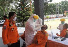 86 Pegawai Basarnas Manado Jalani Swab Test Covid-19