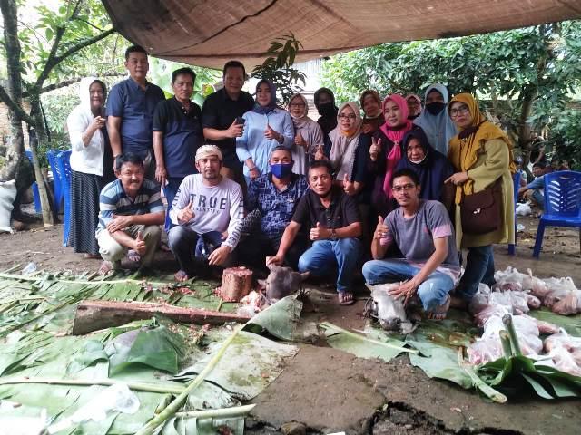 Kerukunan Keluarga Jaton Kotamobagu Sembeli 3 Ekor Sapi Kurban