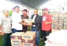 Diterima Wabup, PDAM Bolmong Salurkan Bapok dan 5.000 Liter Air Bersih untuk Warga Terdampak Banjir di Bolsel