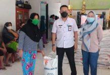 Pemerintah Kelurahan Kobo Besar Salurkan Bansos Untuk Warganya