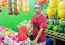 Jual Buah-buahan, Rifki Hasilkan Omset Rp1,5 Juta Per Hari