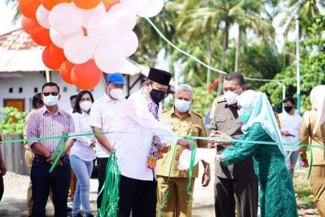Pelaksanaan Program Kotaku di Desa Bolangitang II Diresmikan