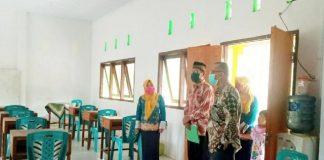 Muhtar Bonde Pantau Kesiapan Belajar Tatap Muka Sekolah Madrasah di Bolmong