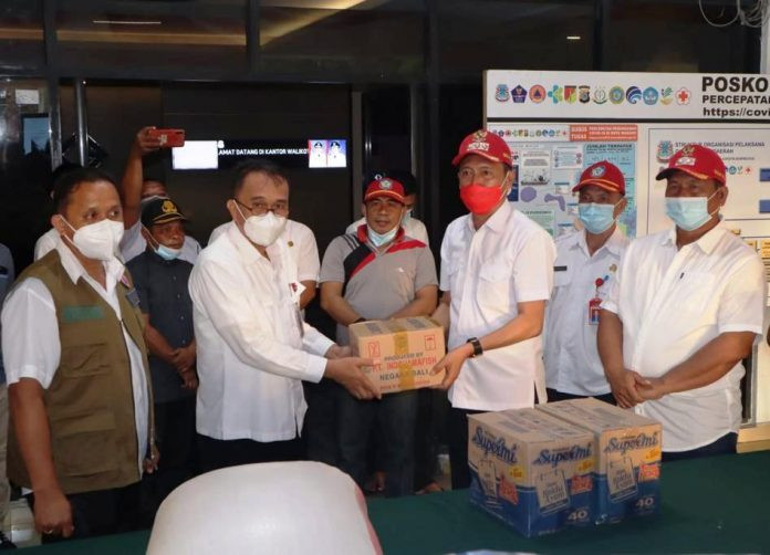Bupati dan Wabup Bolsel Pimpin Langsung Penyerahan Bantuan ke Manado