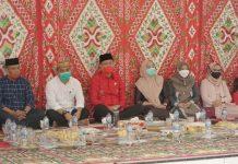 Iskandar Kamaru Bersama Istri Hadiri Syukuran HUT ke-18 Kecamatan Posigadan