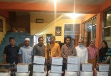 Gandeng IBoss Cafe dan Peserta Praker, MWC NU Kotsel Berbagi Sembako Kepada Warga Desa