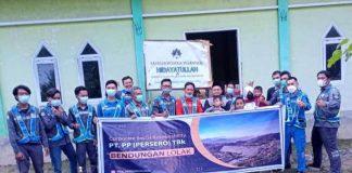 PT PP Bendungan Lolak Serahkan Bantuan Sembako Program CSR ke Panti Asuhan