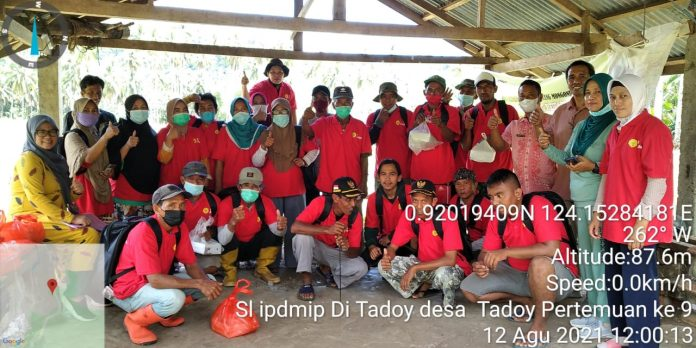 Sekolah Lapang Petani Program IPDMIP Sukses Terlaksana di Desa Tadoy