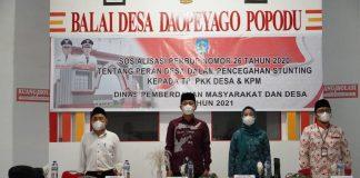 Iskandar Kamaru Buka Sosialisasi Tim PKK Desa dan Pelatihan KPM