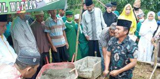 Sekda Bolmong Pimpin Peletakan Batu Pertama Pembangunan Pesantren Tahfizh Qur'An Darul Ikhlas Nahdlatul Wathan