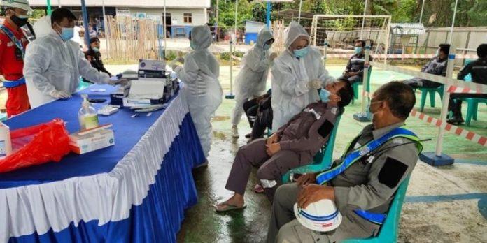 Karyawan dan Pekerja di PT PP Proyek Bendungan Lolak Rutin Rapid Antigen