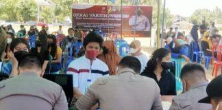 Masyarakat Antusias Mengikuti Vaksinasi Massal yang Digelar Polres Boltim