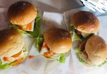 Berbekal Pengalaman di Restoran Siap Saji, Gita Buka Usaha Burger Cheese di Kotamobagu